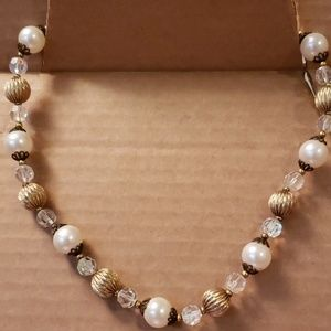 Lisner vintage necklace 8 in beads and stones #10